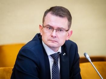 Sveikatos ministras Arūnas Dulkys pritarė hormonų spiralės kompensavimui