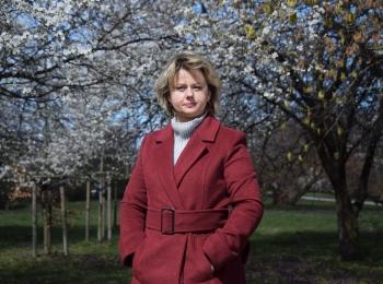 Moterų teisių aktyvistų iš Lenkijos istorijos: Ivona – mokytoja su misija (anglų k.)